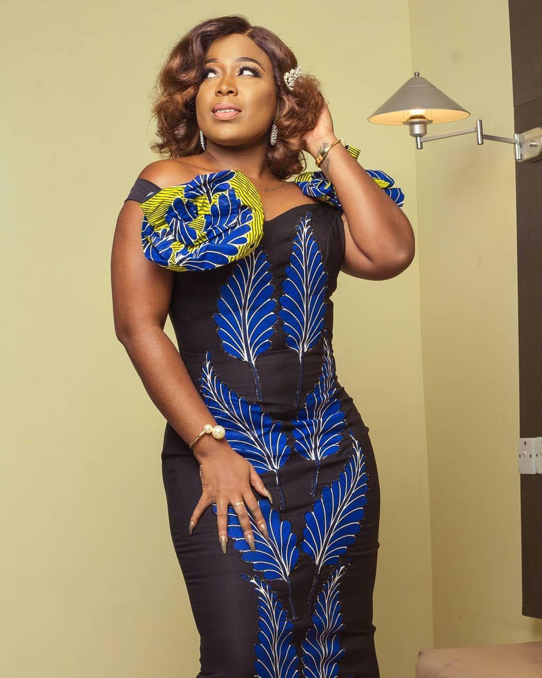 Lagos Best Fashion Designer On Instagram Oobiuku Moet Abebe The Radio Goddess Ever Stunning Moetabebe For Vlmagafrica Dre In 2020 Fashion Design Fashion Dresses