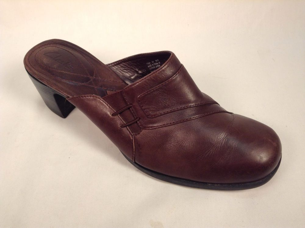 Clark's Women's Shoes Size 9M Brown Leather Mules Slides Heels #Clarks # Mules
