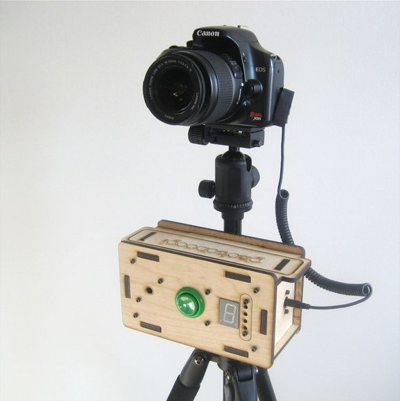 Photoboop a portable battery powered photo booth that sets up in photoboop a portable battery powered photo booth that sets up in seconds secret photodiy solutioingenieria Choice Image