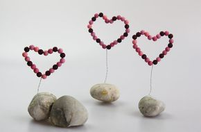 Photo of Simply make great decorative hearts for your own home! In this guide …
