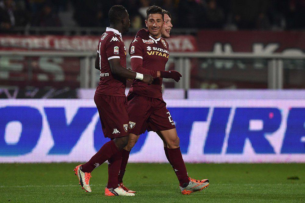Video  Cuore fede e professionalità: i gol di Vives con la maglia del Toro https://t.co/Ynlfl3lDkB Redazione Toro https://t.co/X66JOL5Wi8