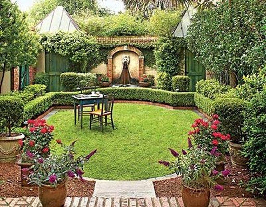 50 + Inspiring Small Courtyard Garden Design for Your House #smallcourtyardgardens