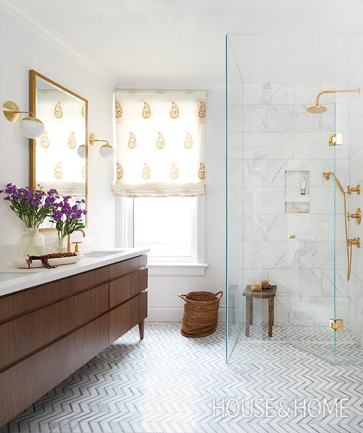 A Bright Bathroom Oasis With Boho Style Bathroom