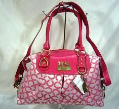 Love this pink coach bag!! i want this for my little Kayesia's..ღby: Mildz & Christer Belgaღ