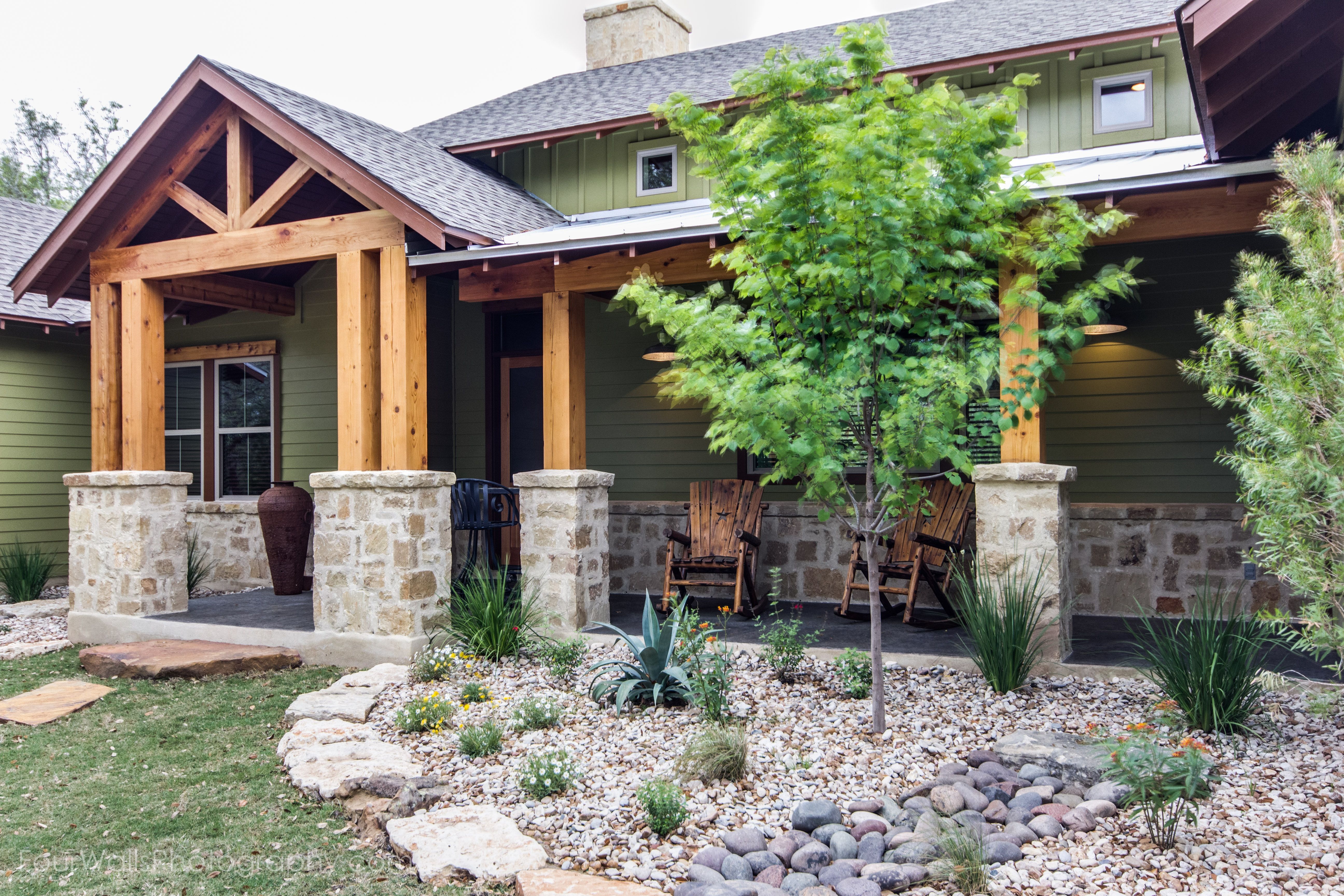 Pin By Nora Killinger On Texas Ranch Style Homes Porch Landscaping Wood Columns Stone Columns