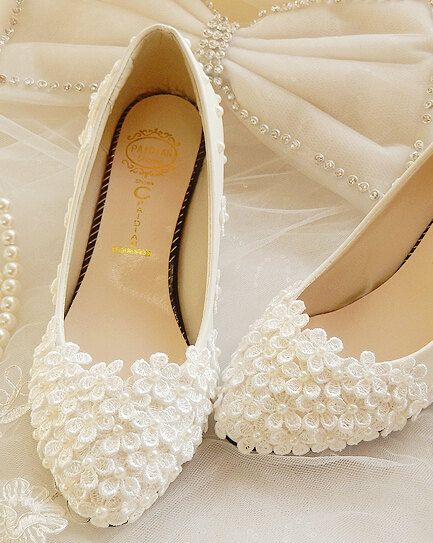 Lace Wedding Shoes Pearl White Lace Daisy Bridal Shoes By Wzan Bridal Shoes White Wedding Shoes Wedding Shoes Lace