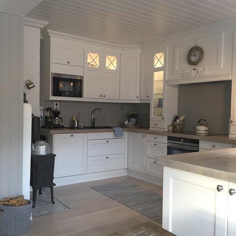 Una piccola immagine della nostra cucina # # angolo cucina #kitchen ...