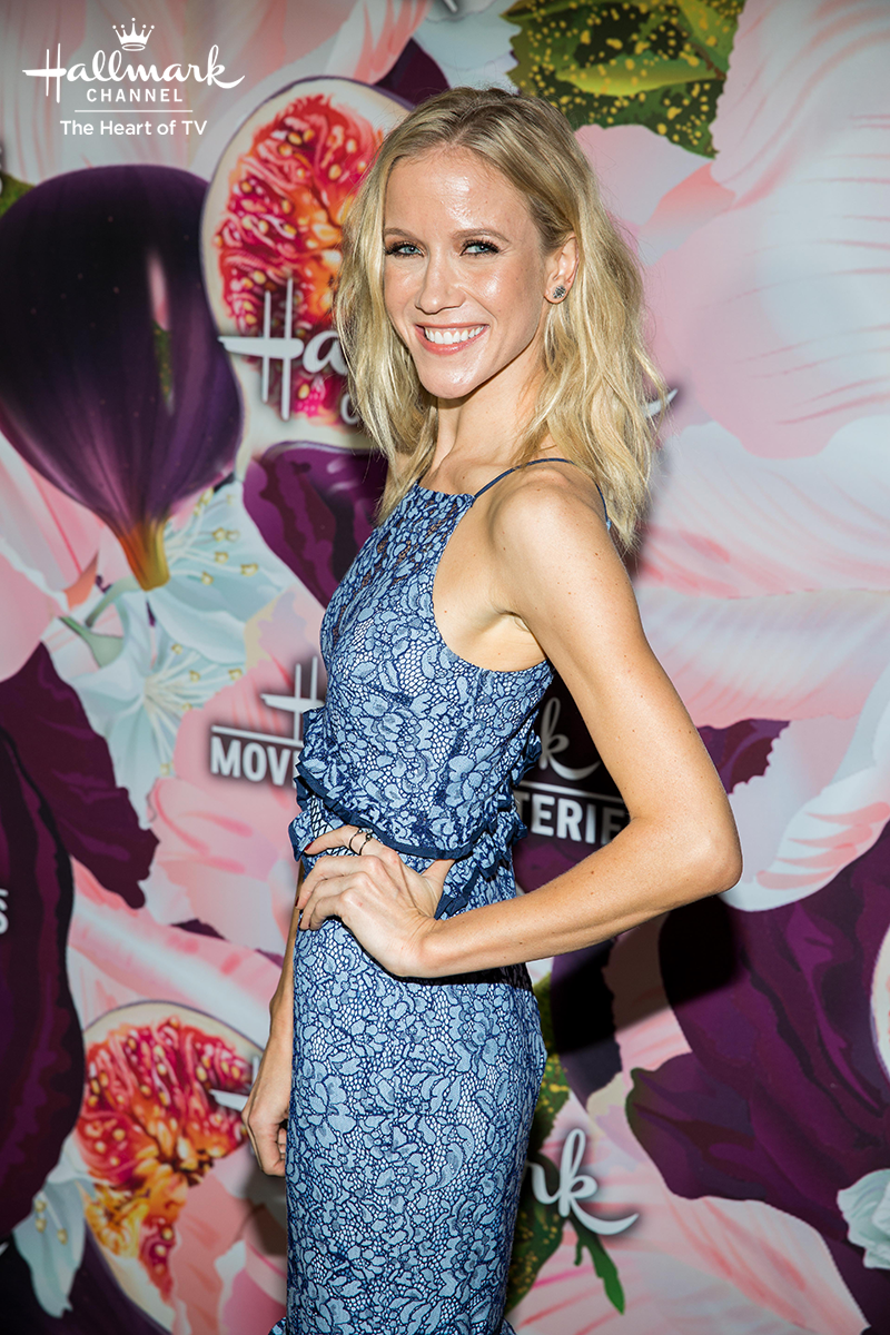 Jessy Schram Kicked Off Our Year With A Royal New Year S Eve Hallmark Channel Hallmark Movies Mysteries Jessy Schram Hallmark Movies Hallmark Channel