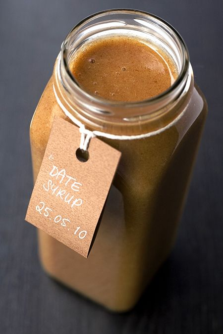 RAW NATURAL SWEETENER: DATE SYRUP