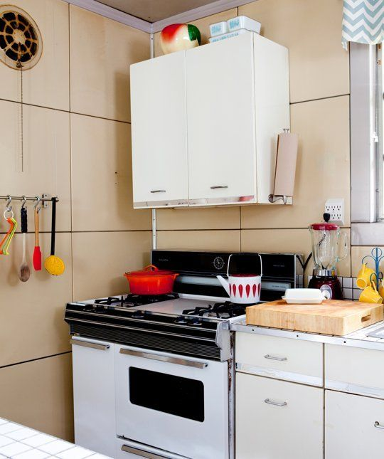 10 inexpensive kitchen helpers organizers we cant live without 10 inexpensive kitchen helpers organizers we cant live without the organized kitchen workwithnaturefo