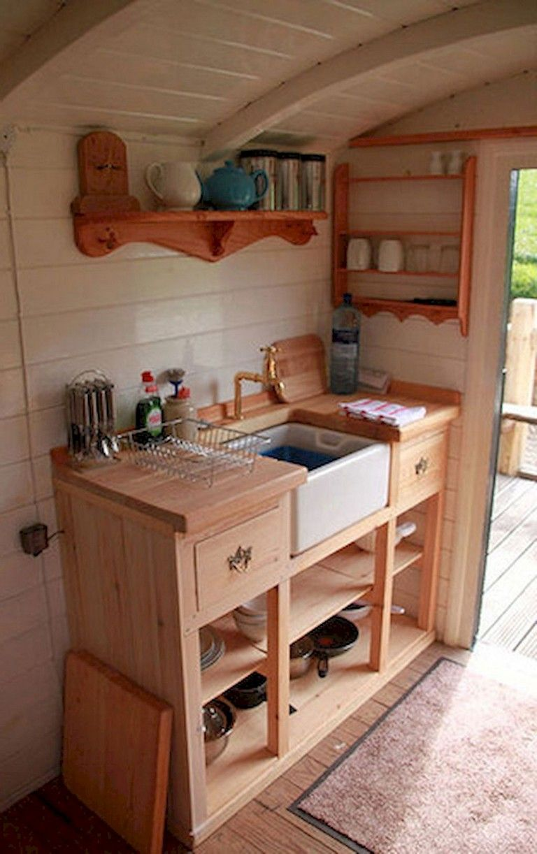 Kleine Kompakte Küchen 44+ Magnificent Tiny House Kitchen Maximize Space Ideas ...