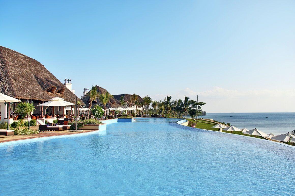 Vacancesentreamis Vacancesausoleil Affichevacances Voyagezanzibar Borddemer Vacances Zanzibar Voyages Voyage Partir Resor Zanzibar Resort Resort Spa
