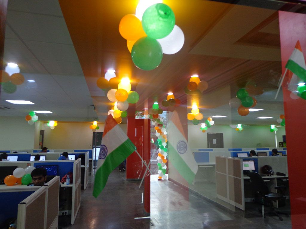 Call 91 7290919232 for balloon decoration delhi balloon for Balloon decoration in noida