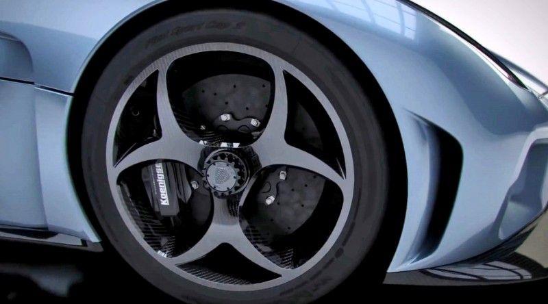 2016 Koenigsegg REGERA - Animated Flyaround 44