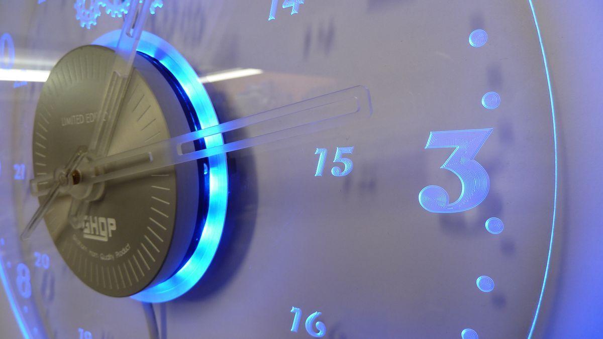 Rgb Multi Colour Wall Clock Livingroomwalldecorred Wall Clock Light Clock Wall Decor Wall Clock Simple