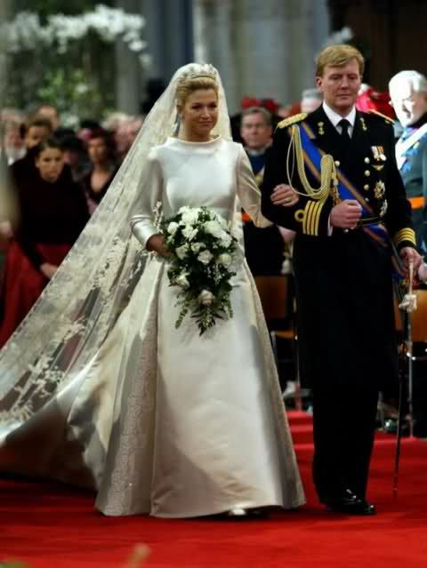 Dutch Royal Wedding With King Willem Alexander And Queen Maxima Royal Wedding Dress Royal Wedding Gowns Royal Weddings