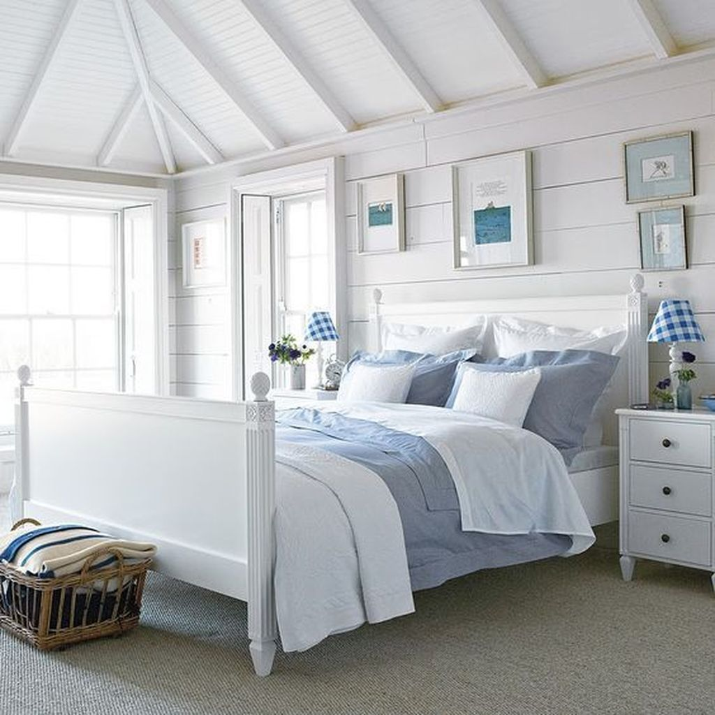 20 Perfect Coastal Bedroom Decorating Ideas To Apply Asap Coastal Bedroom Decorating New England Bedroom Seaside Bedroom