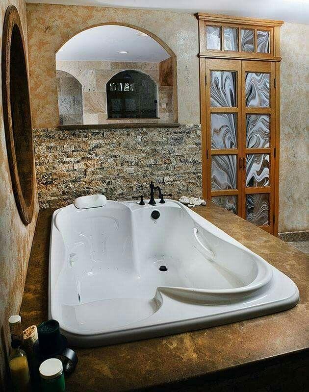 A Coupleu0027s Jacuzzi Tub · Bathroom DesignsBathroom ...
