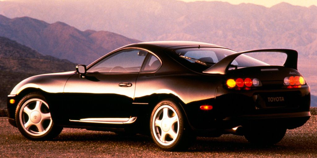 These Are 30 of the Best Looking Cars From the 90s