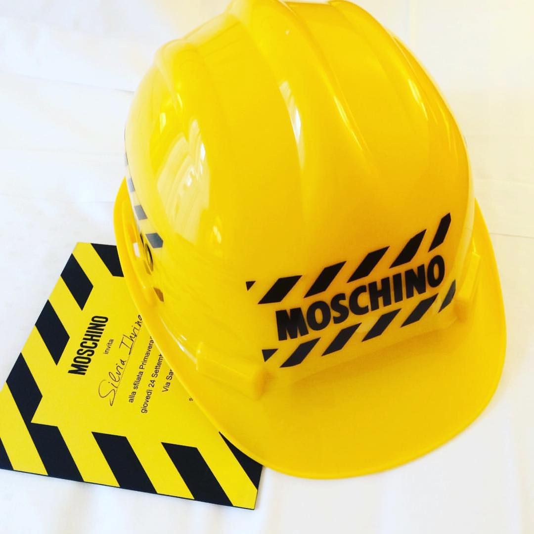 """@moschinofficial """"IN CASE YOUR MOSCHINO HARD HAT INVITE GOT LOST IN THE MAIL ⁉️ DON'T FRET YOU CAN WATCH THE SHOW LIVESTREAM ON MOSCHINO.COM ! LOG ON TO WATCH & WHEN ITS…"""""""