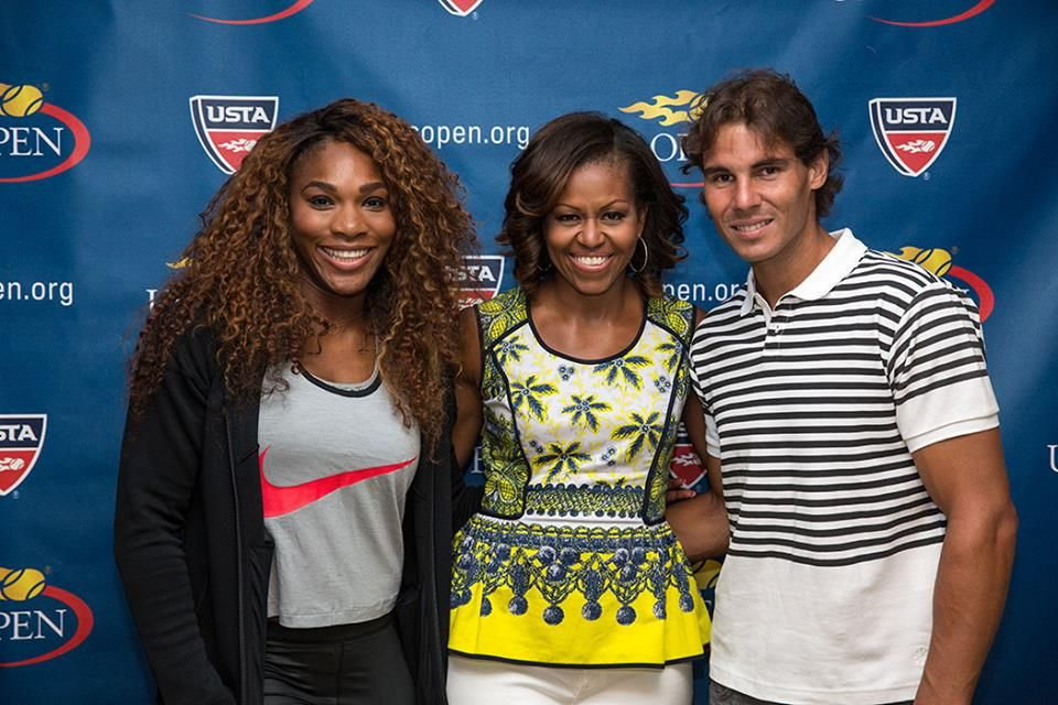 ¿Cuánto mide Michelle Obama? - Altura - Real height Ae414c2319a53ac7827e9e5c39706609