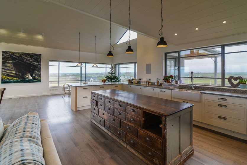 Trenouth   Cornwall   A Cornish, Self Catering Beach Holiday House To Rent  At Treyarnon Bay, Just A Short Drive From Padstow. Open Plan Kitchen Living  Area ...
