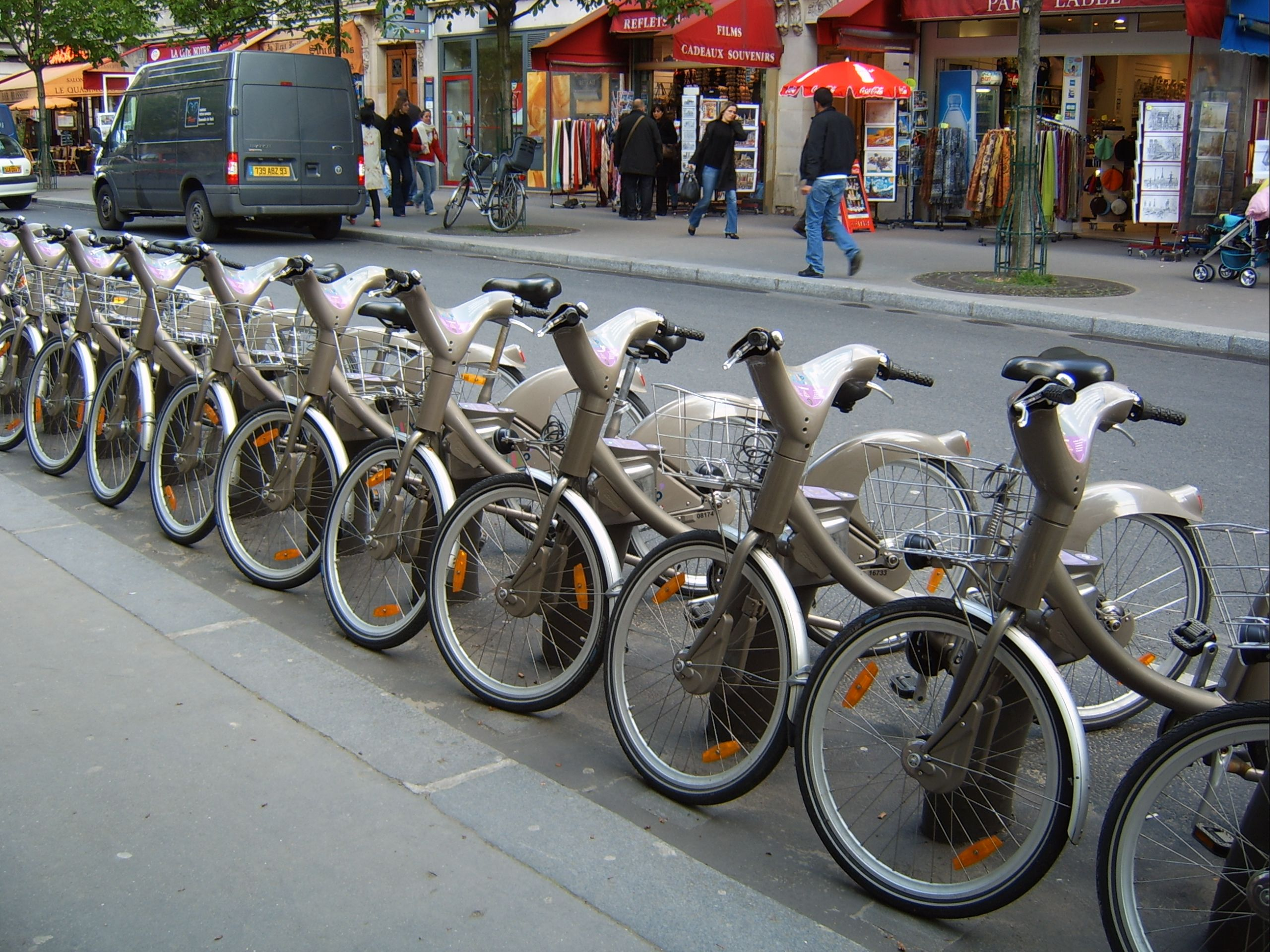 Velib Bike Rental Cheap Transport In The City And Free For The