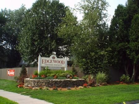 Edgewood Apartments Located In Beautiful Western Massachusetts Is A Newly Renovated 2 Bedroom Townhome C Affordable Apartments Apartment Cultural Attractions