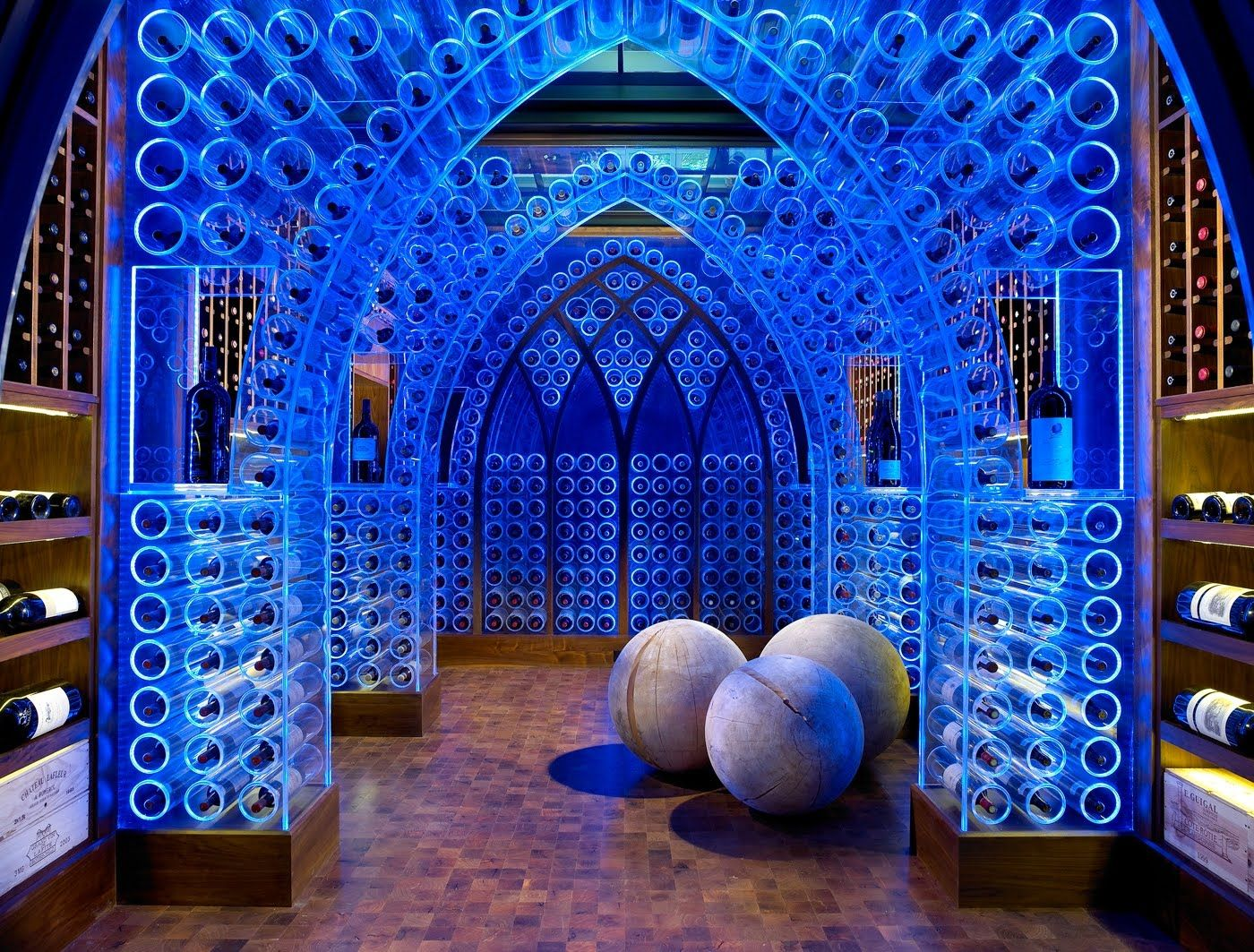 Amazing and beautiful wine cellar... what should we taste first!?!
