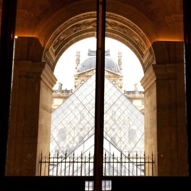 Through a Louvre window to the pyramid :) #upsticksandgo #windowwithaview #louvre #paris #france #pyramid #tourist #travel #travelgram #travellingtheworld #michfrost