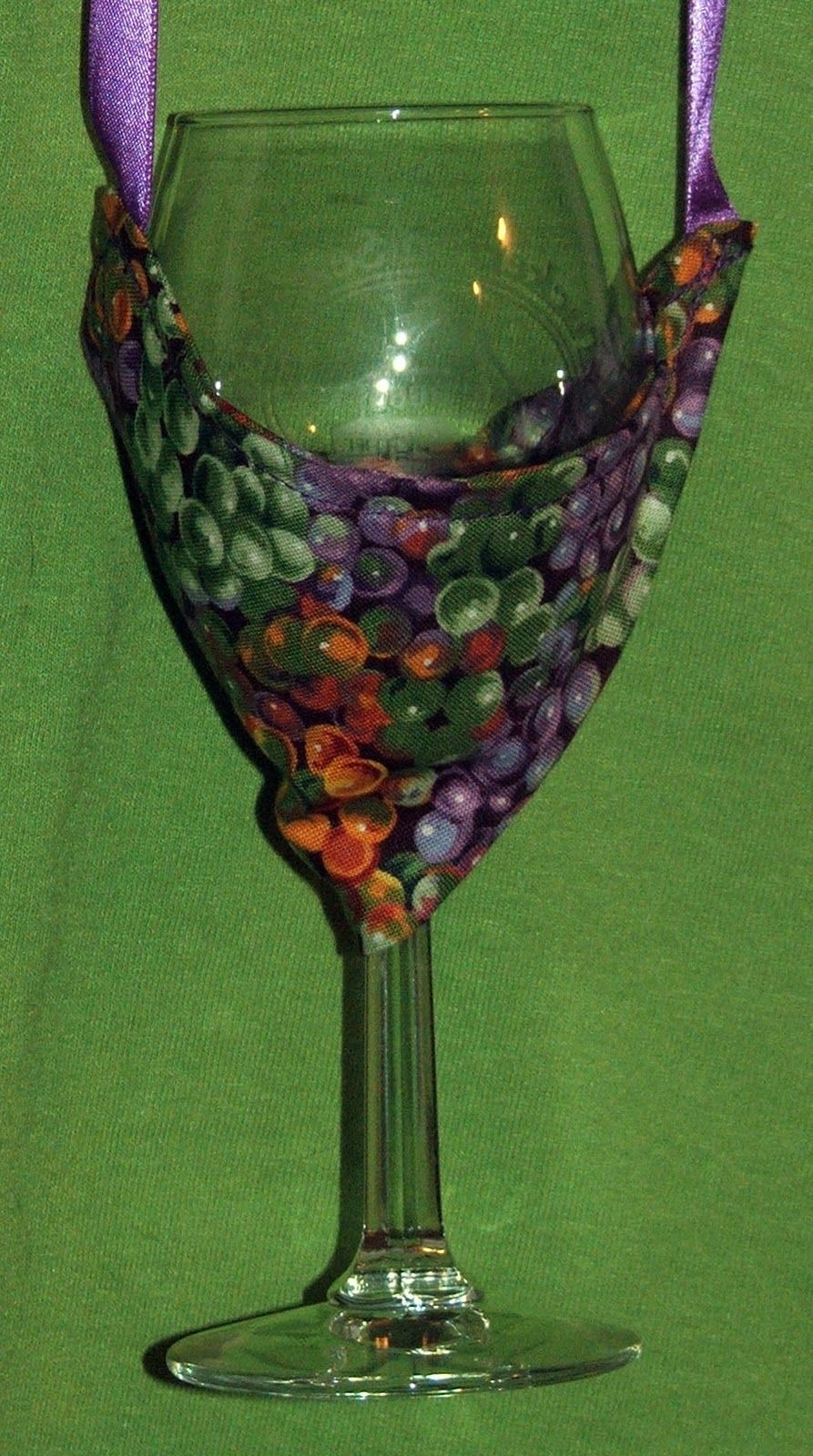 how to make wine glass holder necklace