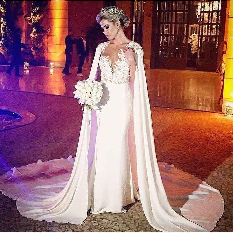 A lindíssima noiva do dia é a Camila Vendrame vestindo @pronovias   #prontaparaosim #