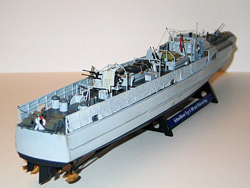 Deutsches Schnellboot S-100 mit 2cm Flak-Vierling C38 ...