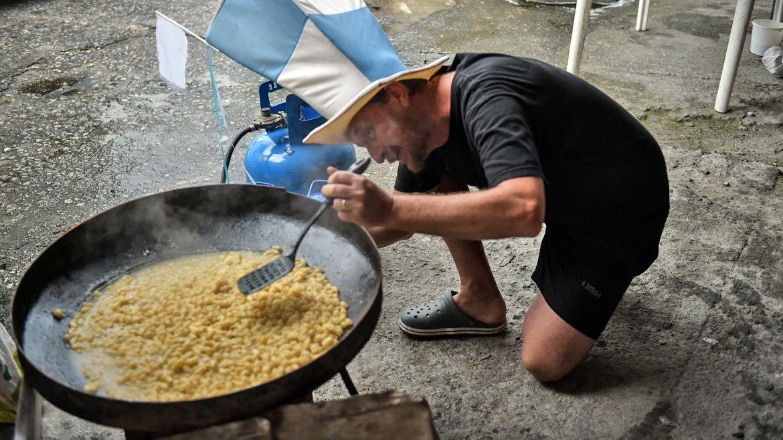 Comiendo en Rio........... Mundial Brasil 2014. partido final entre Argentina y Alemania en el Maracana de Rio de Janeiro. Brasil. 13 julio de 2014.