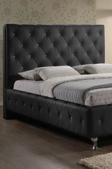 Quilted bed frame | "|359|539|?|a3ee721a3aa7a76ebbfd574ec2ef833b|False|UNLIKELY|0.3165624737739563