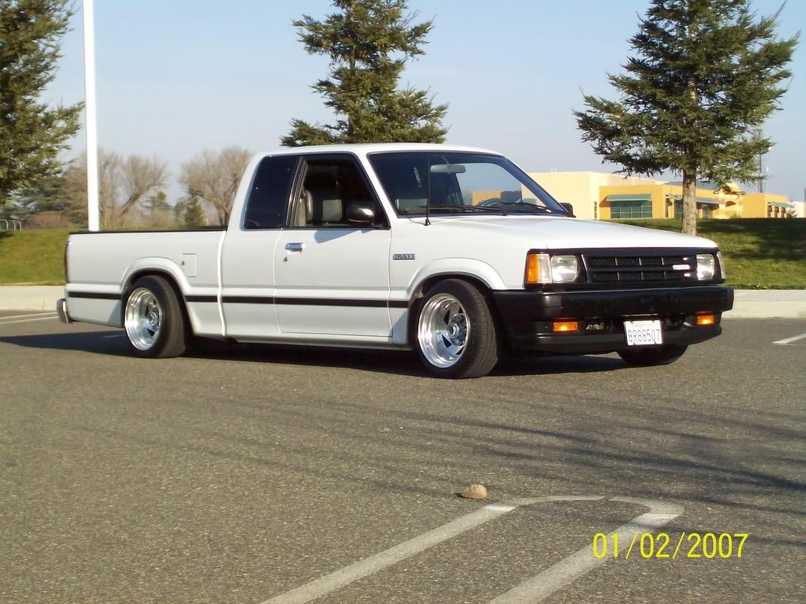 1991 mazda b2200 king cab mini truck [ 1599 x 1199 Pixel ]