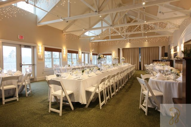 Beautiful Wedding Receptions At The Weekapaug Golf Club In Westerly Ri Photo By Janet Gerbutavich Photography