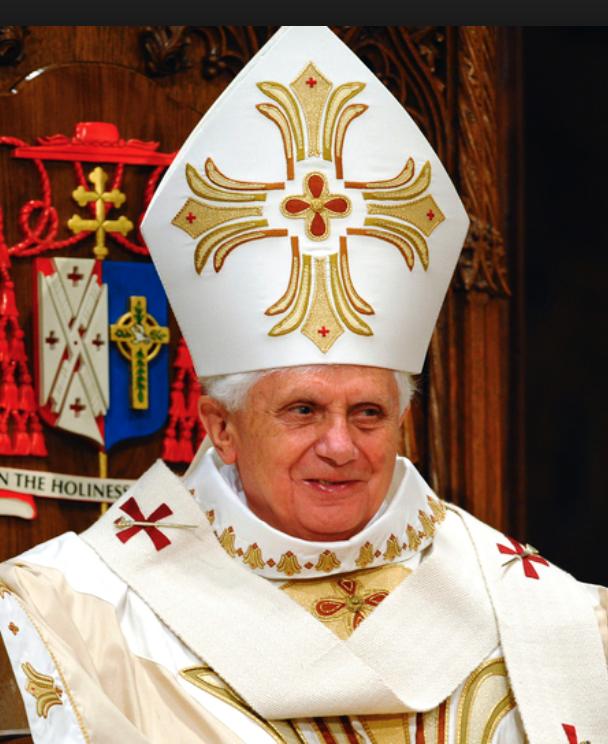 Pope Hat 2 Bishop Hat Hats Chess Set