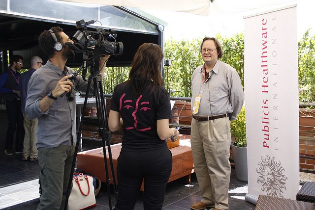 PHI troupe interviewing David Orban  Frontiers 2011 - day 1 by frontiersofinteraction, via Flickr