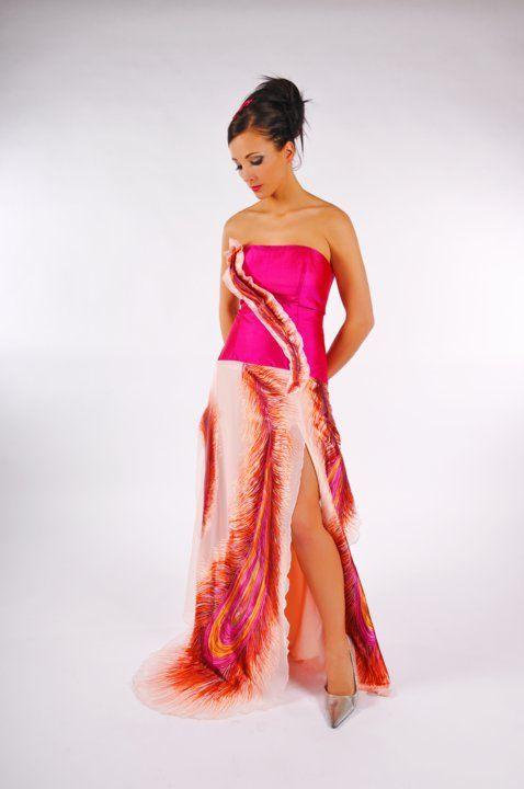 Robe de soirée ou de bal créé par Pinkmuchacha   Robe de soirée, Robe, Robe fille