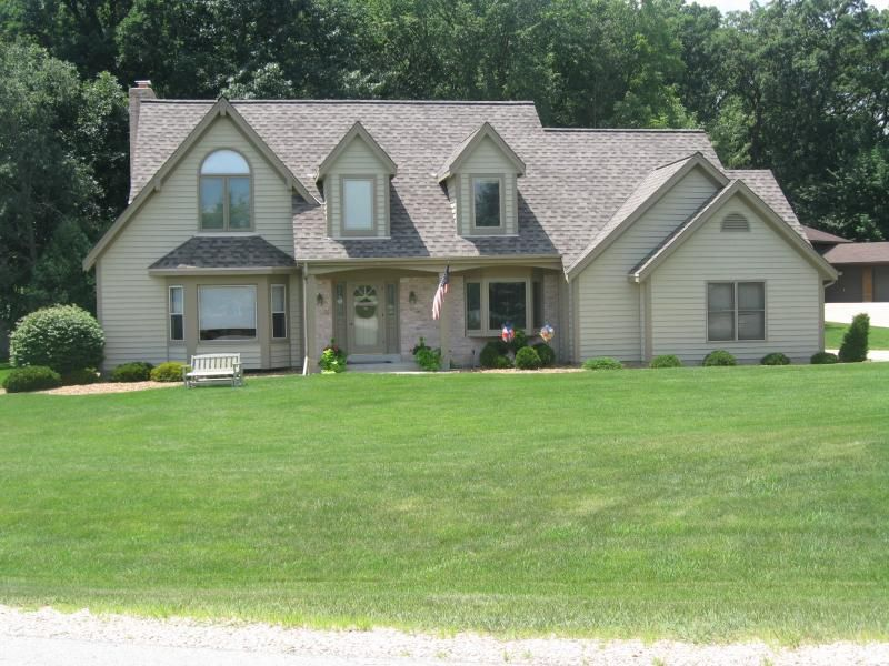 Paragon Exteriors   Waukesha Roofing Contractor   Contractor Place