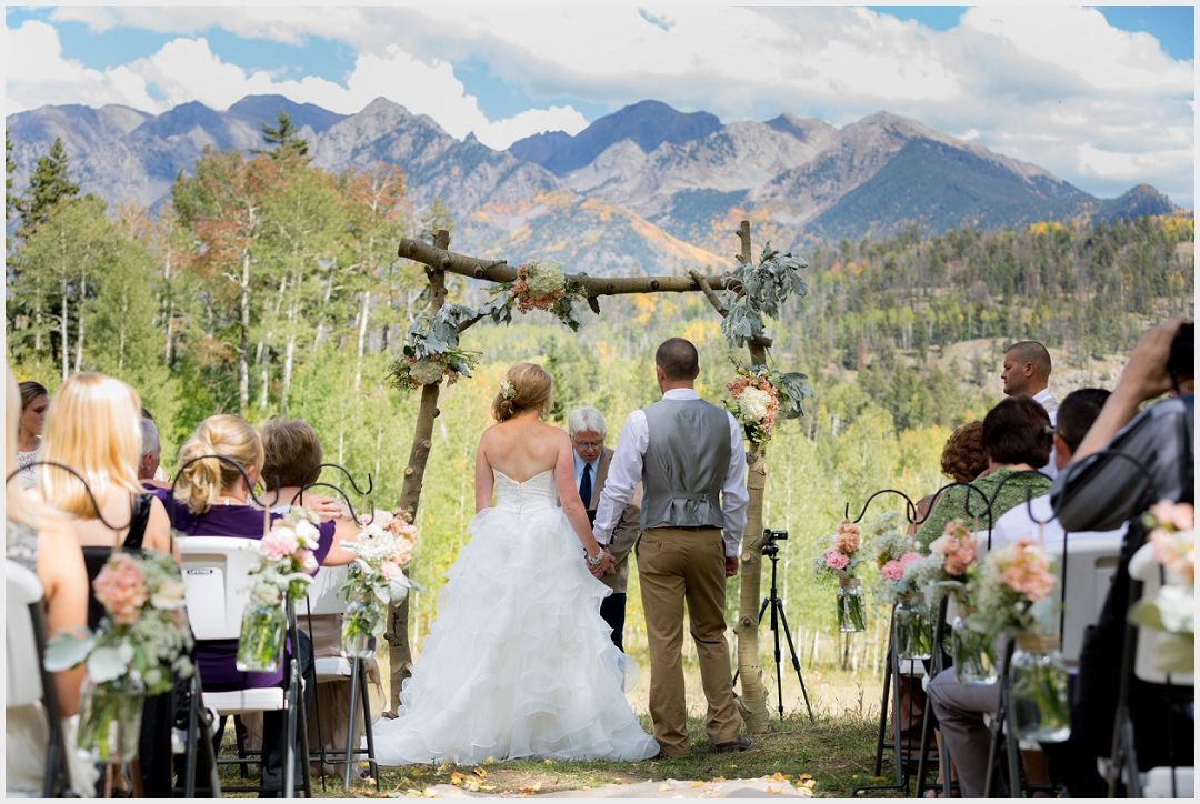 Durango Mountain Wedding At The Silverpick Lodge In Durango