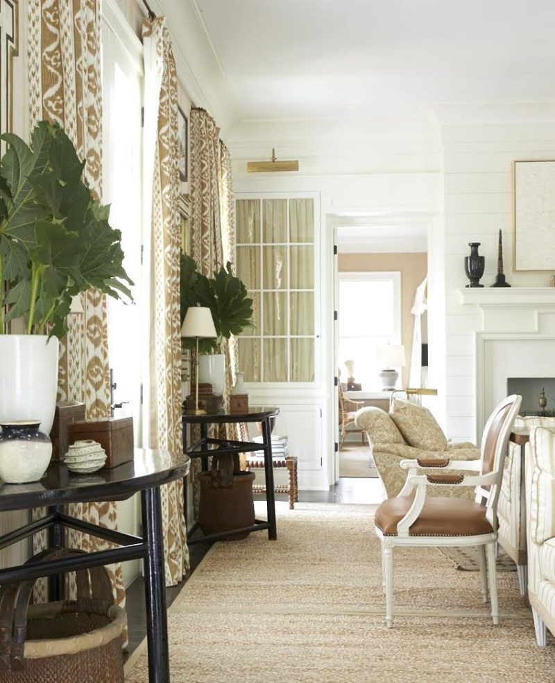 Natural Territory Mark D Sikes Chic People Glamorous Places Stylish Things Traditional Living Roomsformal Roomsliving Room
