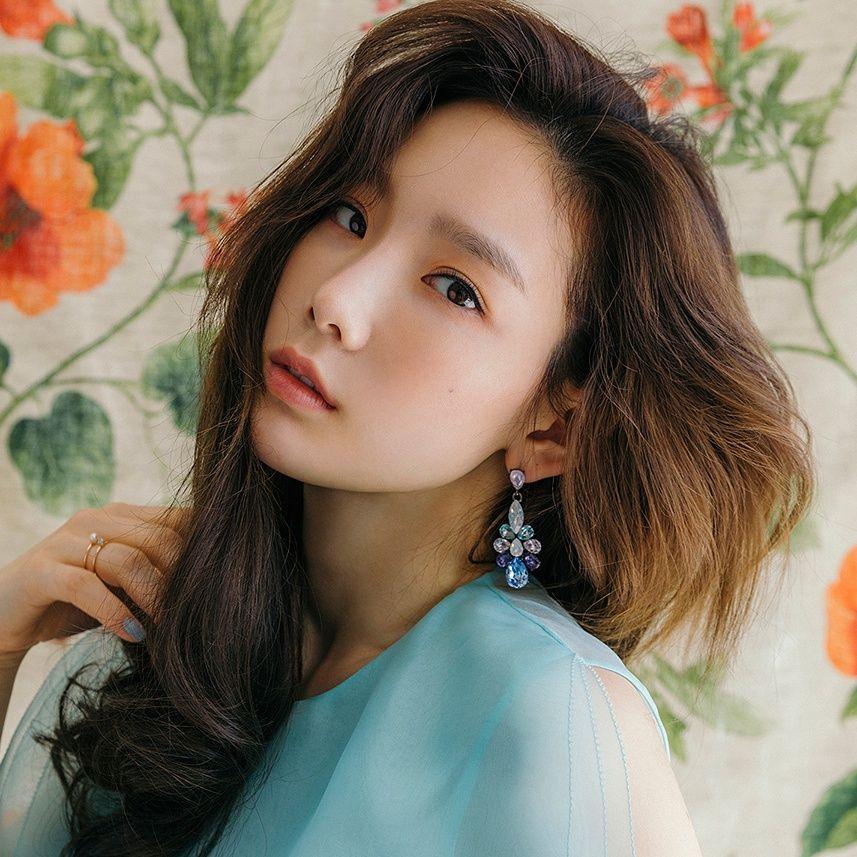 Update Taeyeon Releases My Voice Full Album And Fine Music Video Taeyeon Snsd Taeyeon Girls Generation Taeyeon