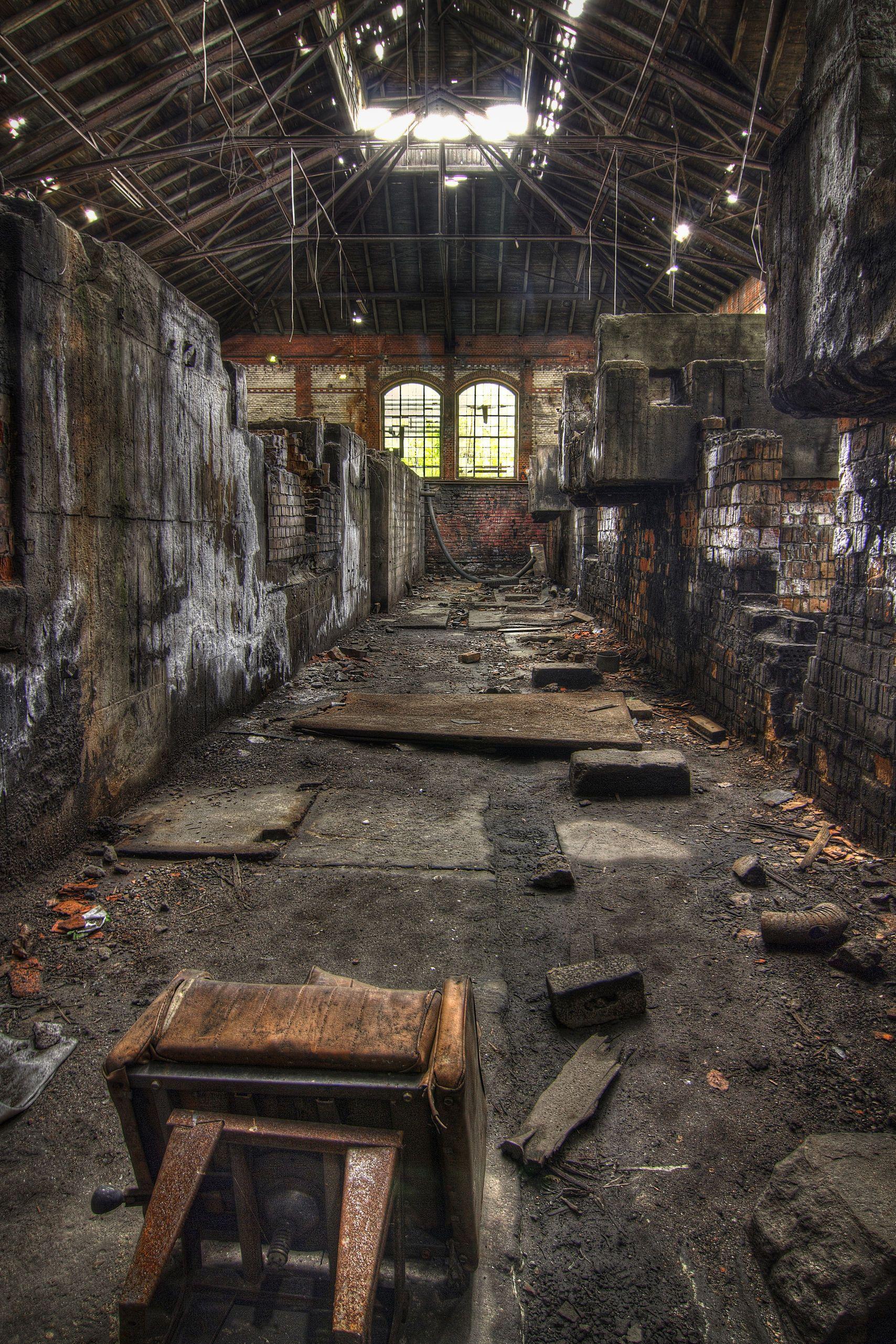 Karén   Photography -- Abandoned hospital's spirit