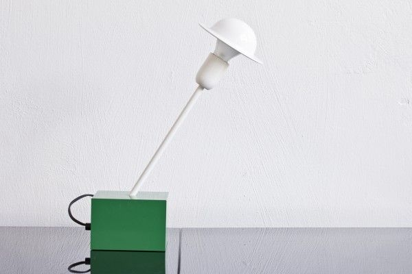 li 073 tack market post modern design table lamp don by ettore sottsass for stilnovo. Black Bedroom Furniture Sets. Home Design Ideas