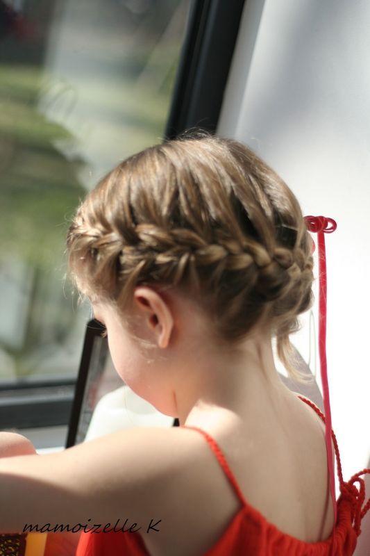 Couronne tressée, tuto vidéo sur le blog. coiffure