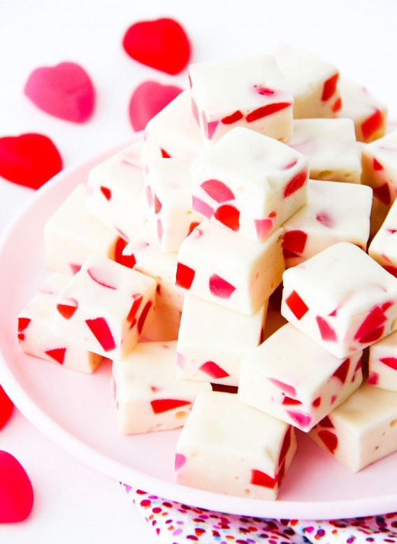This Easy Valentines Day Nougat Candy is an easy nobake treat that is perfect for Valentines Day Perfect for parties and homemade gifts