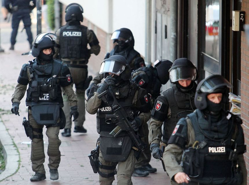 Anti terror operation: SEK raid a mosque in Hildesheim (July