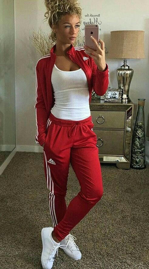 Pin by Melissa Zahradnick on Closet | Sneakers, Sneaker